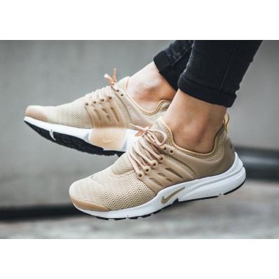 chaussure femme nike air presto