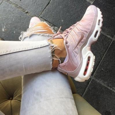 chaussure nike tn femme 2017
